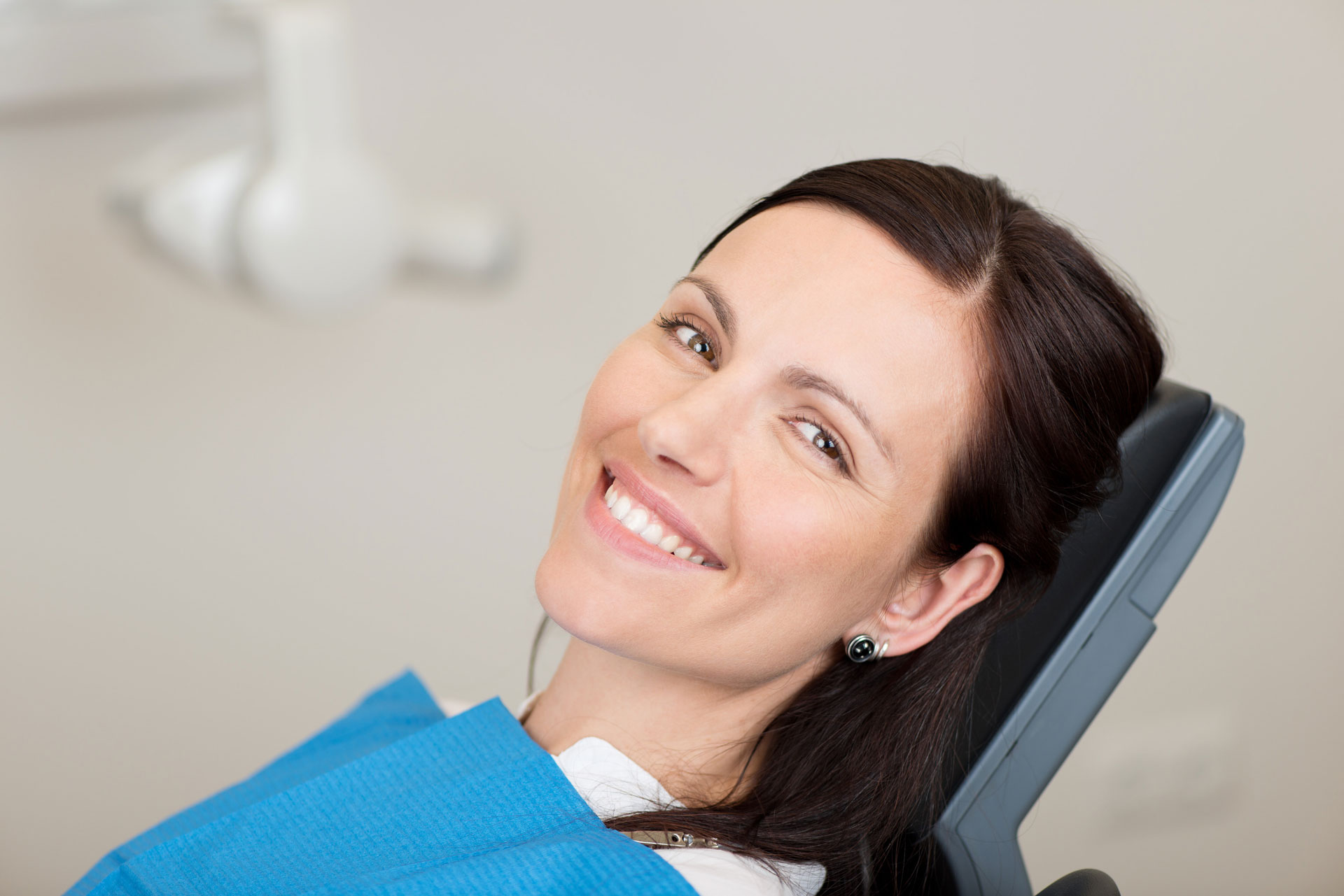 photodune-5083299-female-patient-smiling-in-dentistry-l
